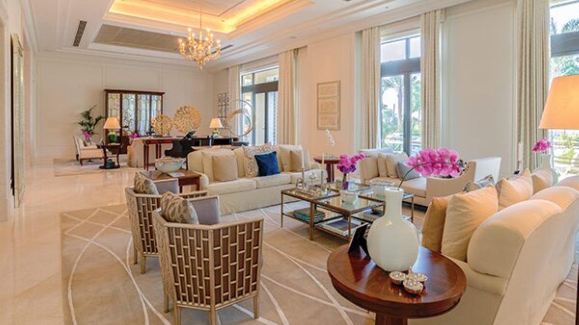 Villa en venta en Dubai, EAU, 7 dormitorios, 3197 m2, № 24635 – foto 5