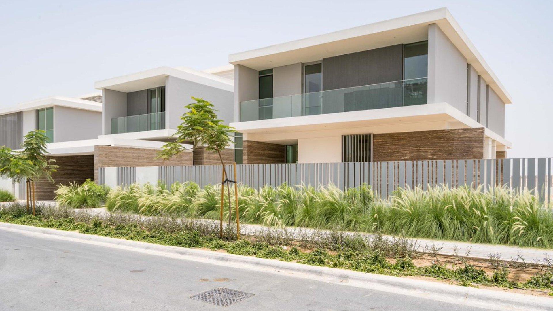 Villa en venta en Dubai, EAU, 7 dormitorios, 1301 m2, № 24641 – foto 1