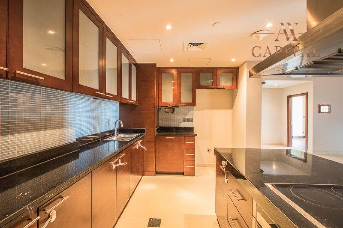 Apartment for sale in Dubai, UAE, 2 bedrooms, 144.1 m2, No. 23638 – photo 9