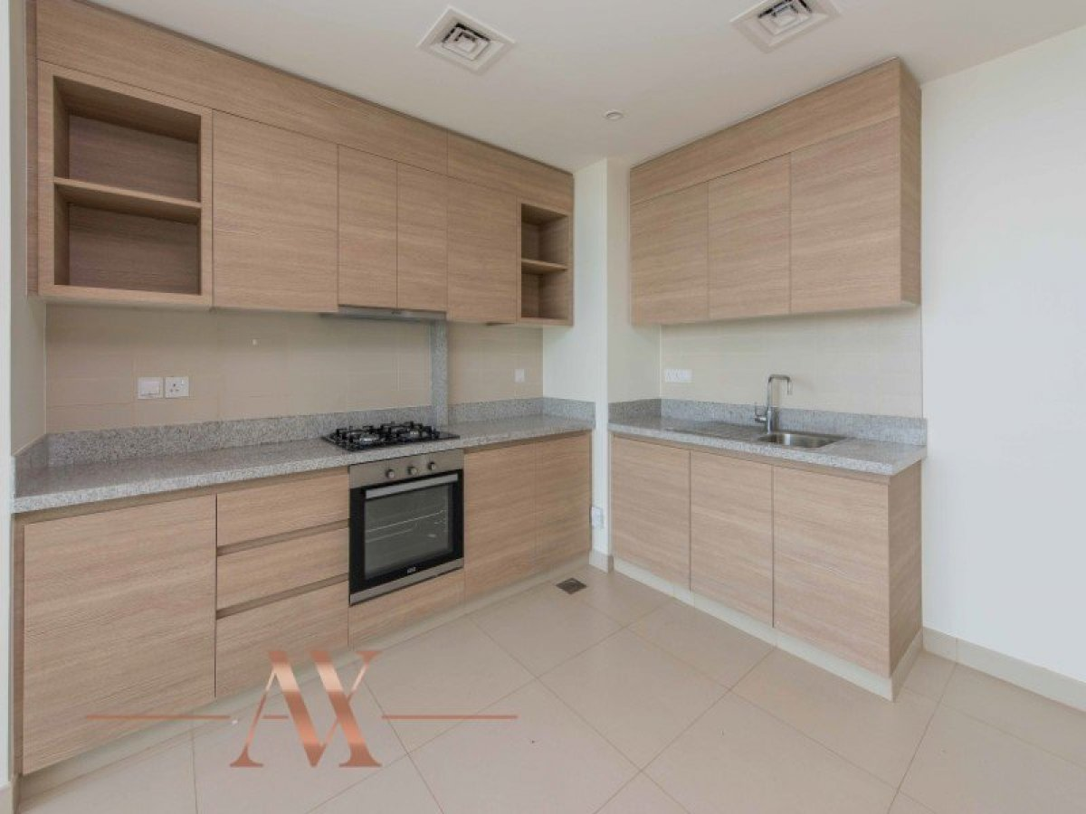 Apartment for sale in Dubai, UAE, 1 bedroom, 85.8 m2, No. 23694 – photo 8