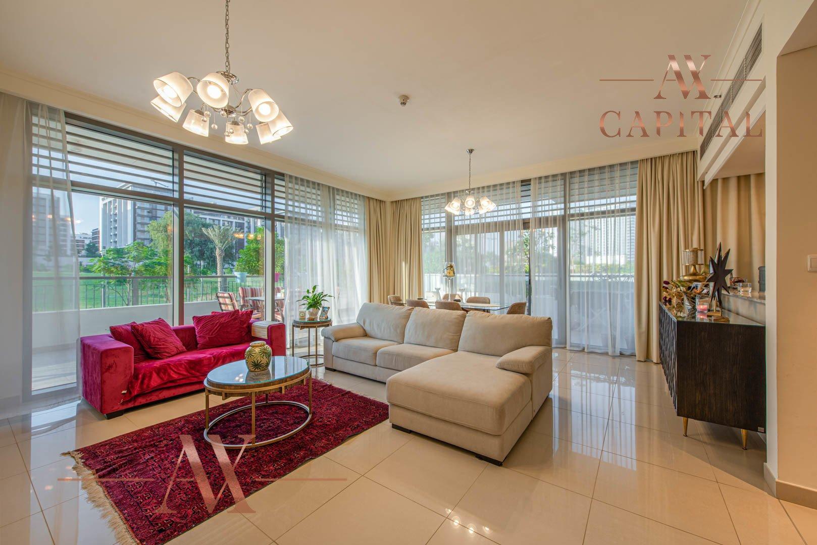Apartment for sale in Dubai, UAE, 3 bedrooms, 225.7 m2, No. 23723 – photo 1