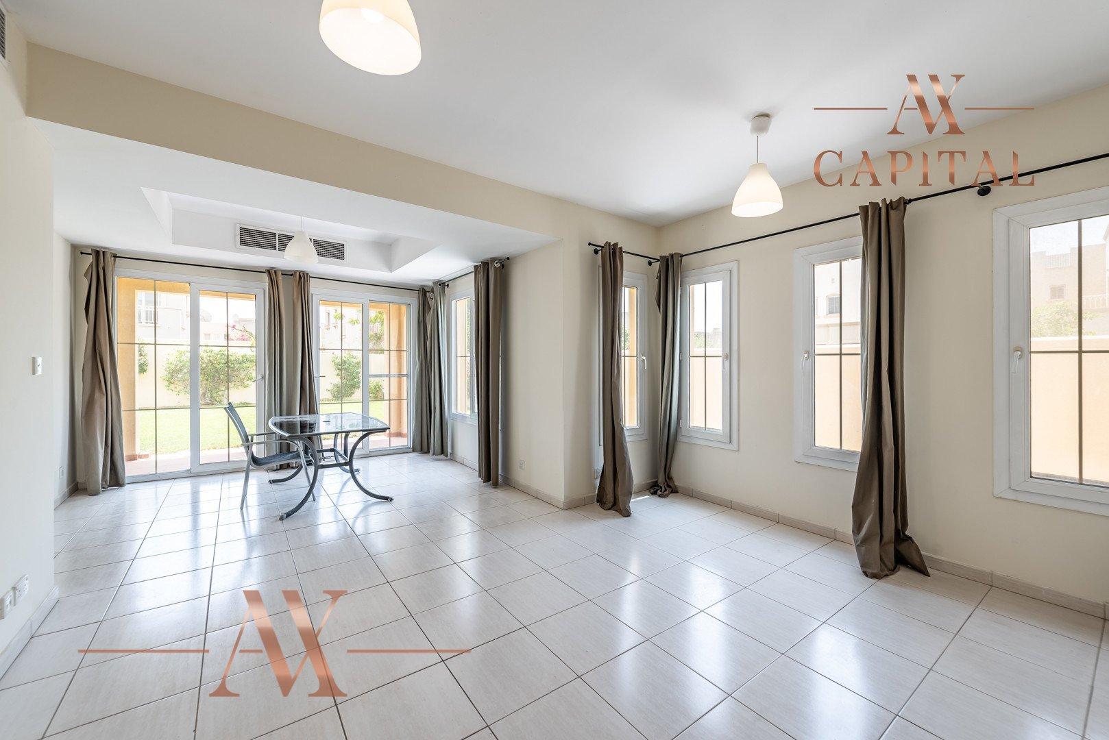 Villa for sale in Dubai, UAE, 2 bedrooms, 166.7 m2, No. 23769 – photo 1