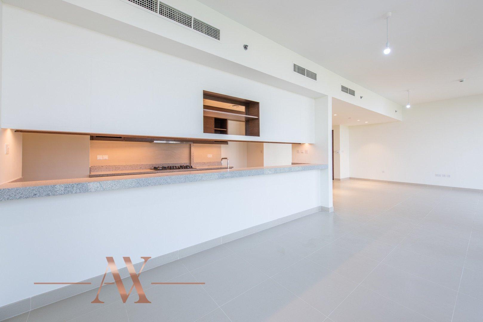 Apartment for sale in Dubai, UAE, 3 bedrooms, 236.9 m2, No. 23695 – photo 11