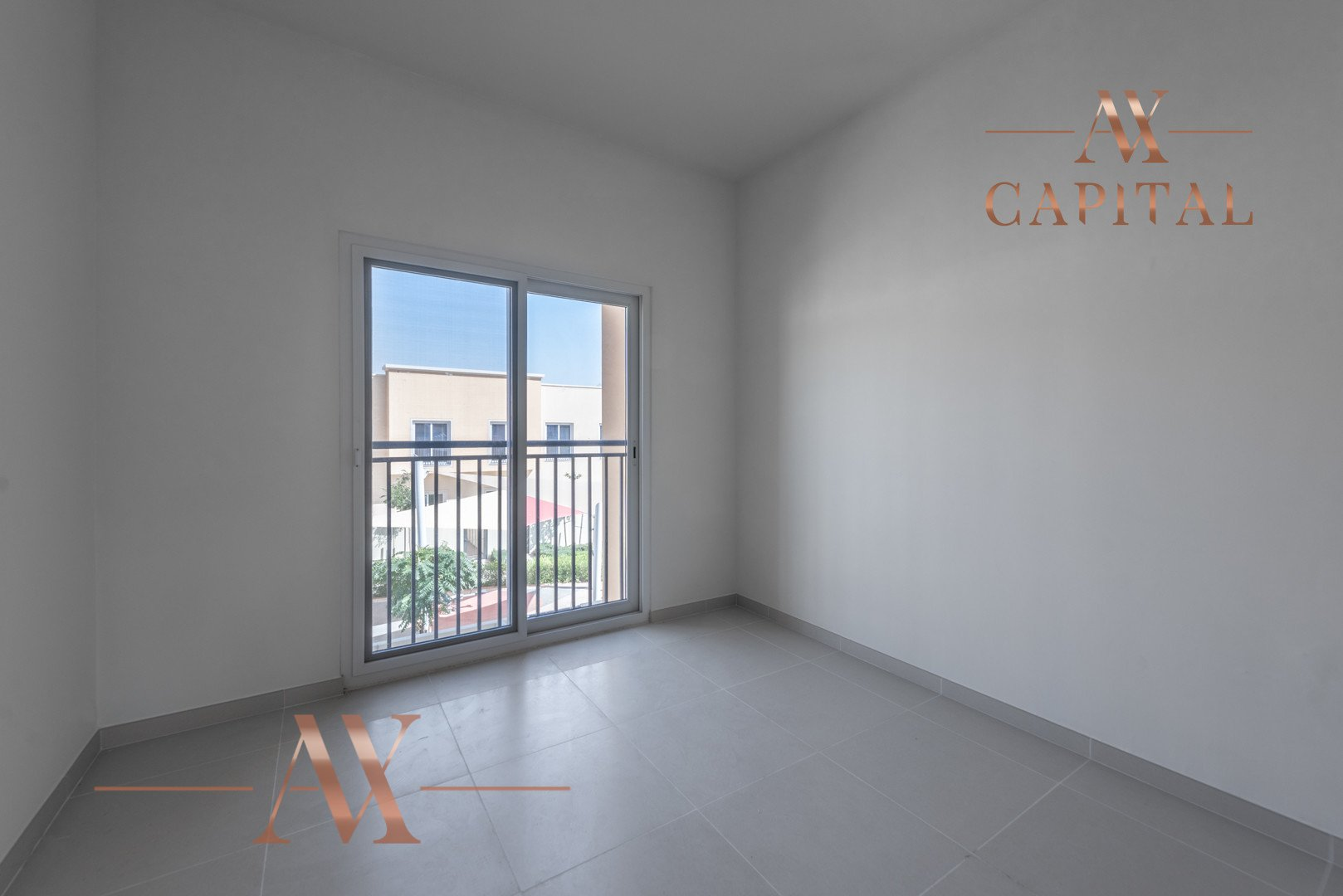 Townhouse for sale in Dubai, UAE, 3 bedrooms, 176 m2, No. 23719 – photo 5