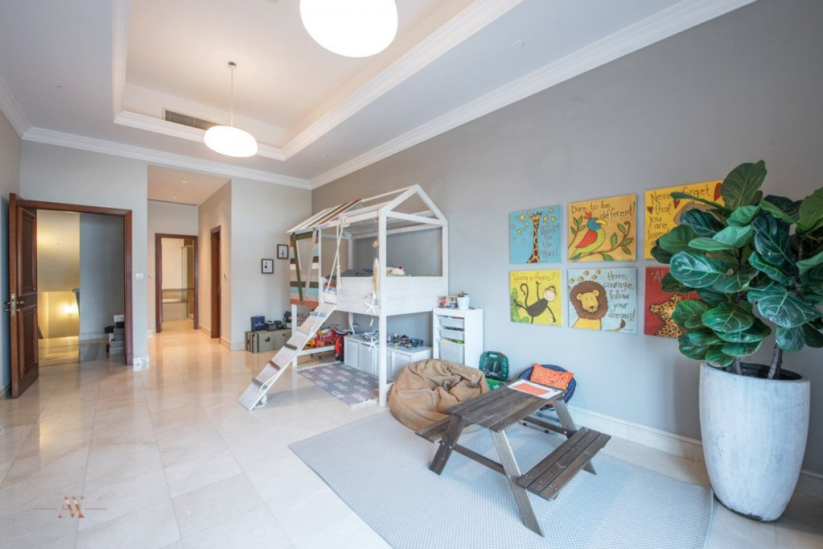 Townhouse for sale in Dubai, UAE, 3 bedrooms, 483.1 m2, No. 23563 – photo 8