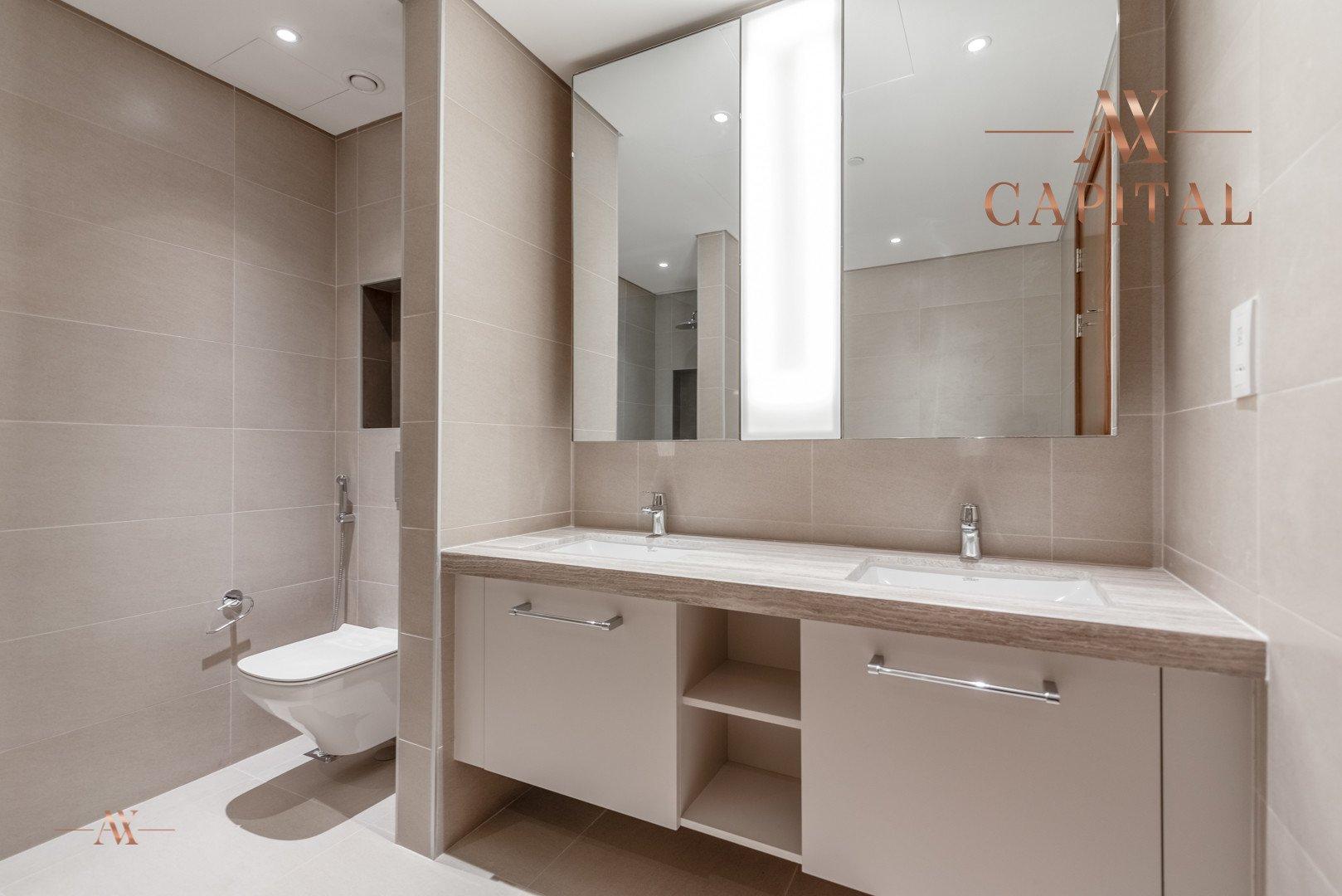 Apartment for sale in Dubai, UAE, 2 bedrooms, 161.5 m2, No. 23671 – photo 7