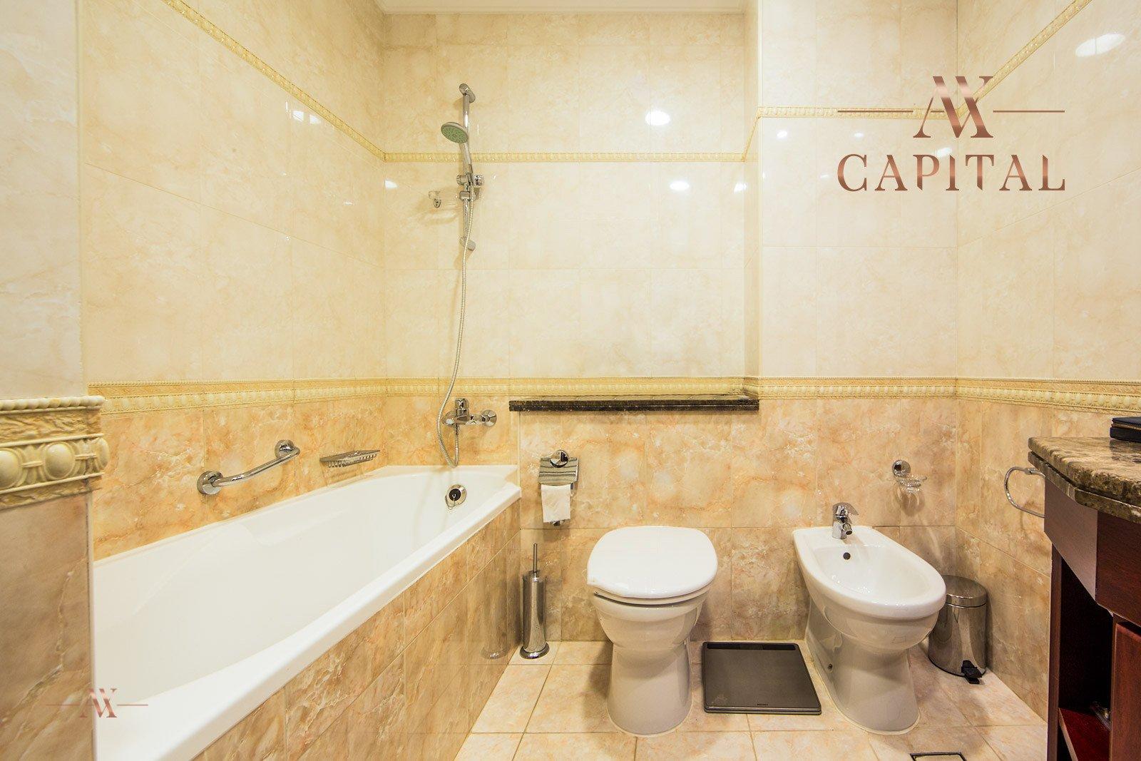 Apartment for sale in Dubai, UAE, 2 bedrooms, 164 m2, No. 23626 – photo 4
