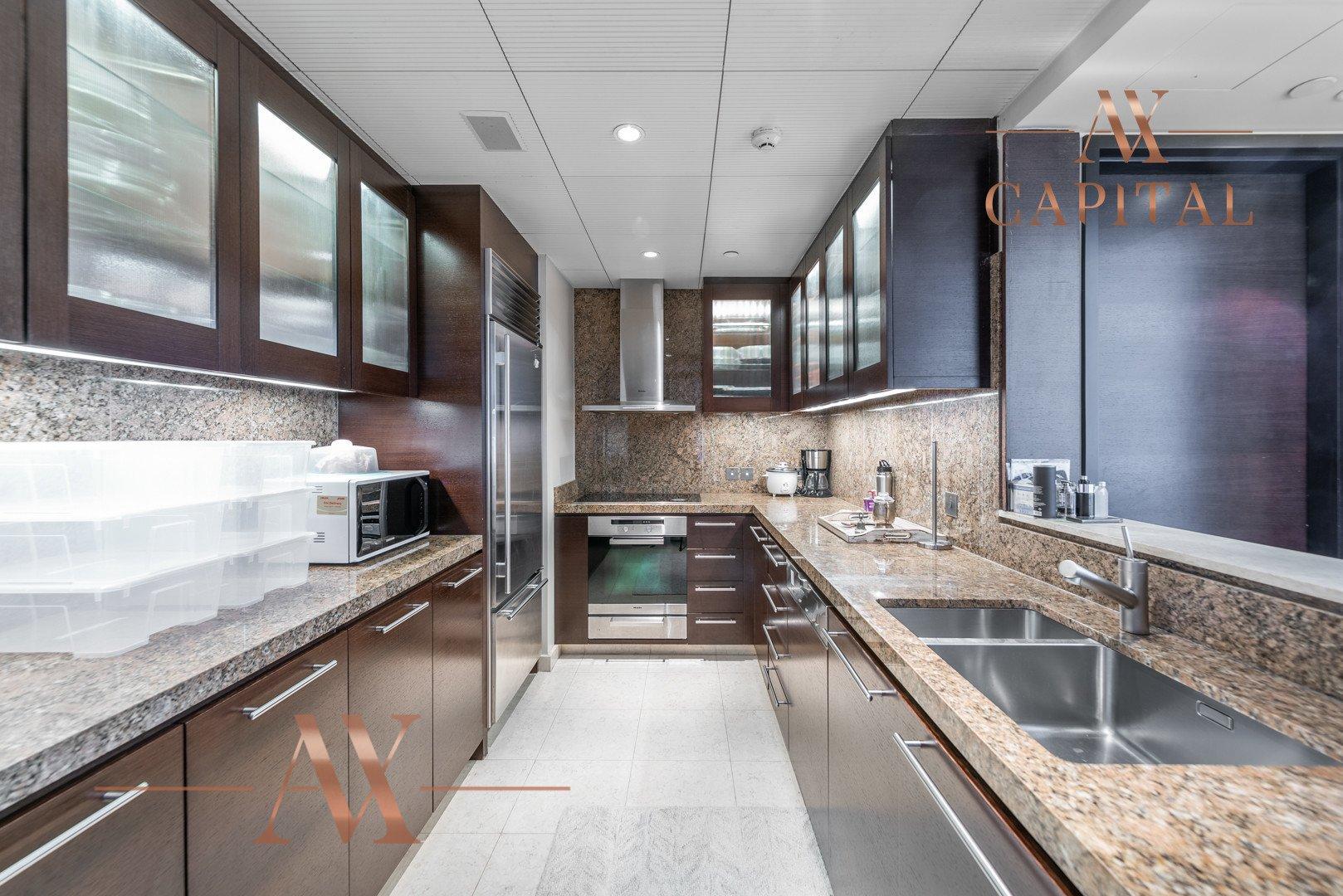 Apartment for sale in Dubai, UAE, 1 bedroom, 101.8 m2, No. 23808 – photo 3