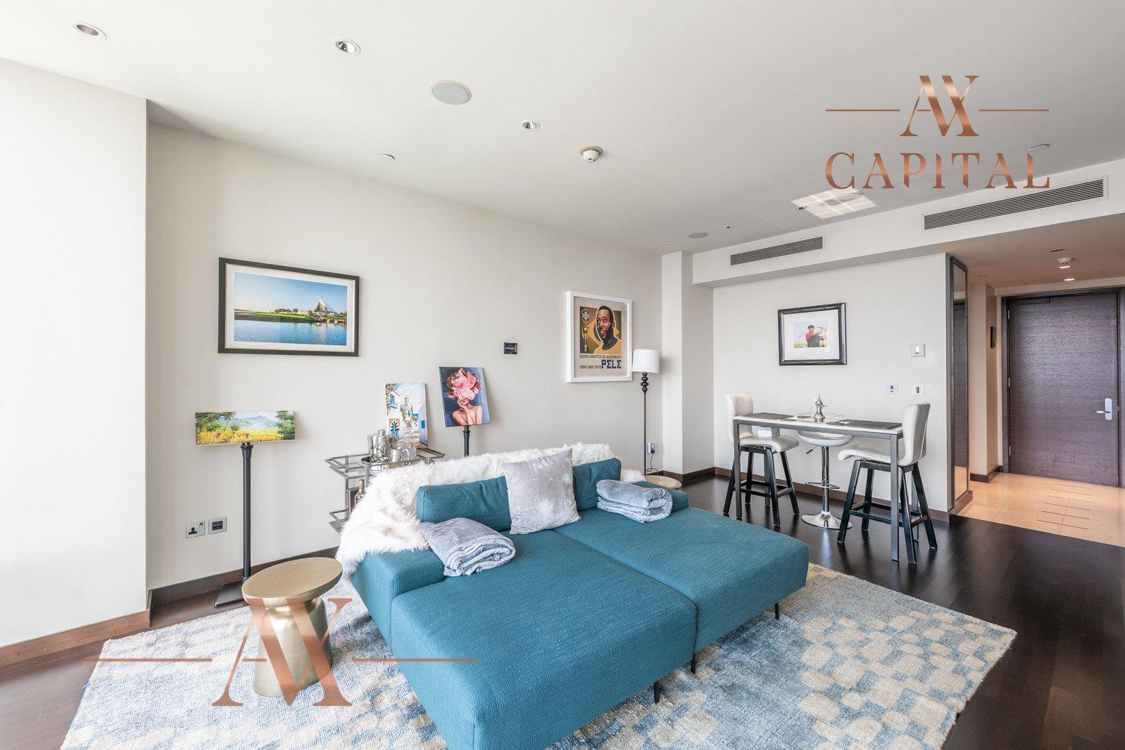 Apartment for sale in Dubai, UAE, 1 bedroom, 101.8 m2, No. 23808 – photo 11