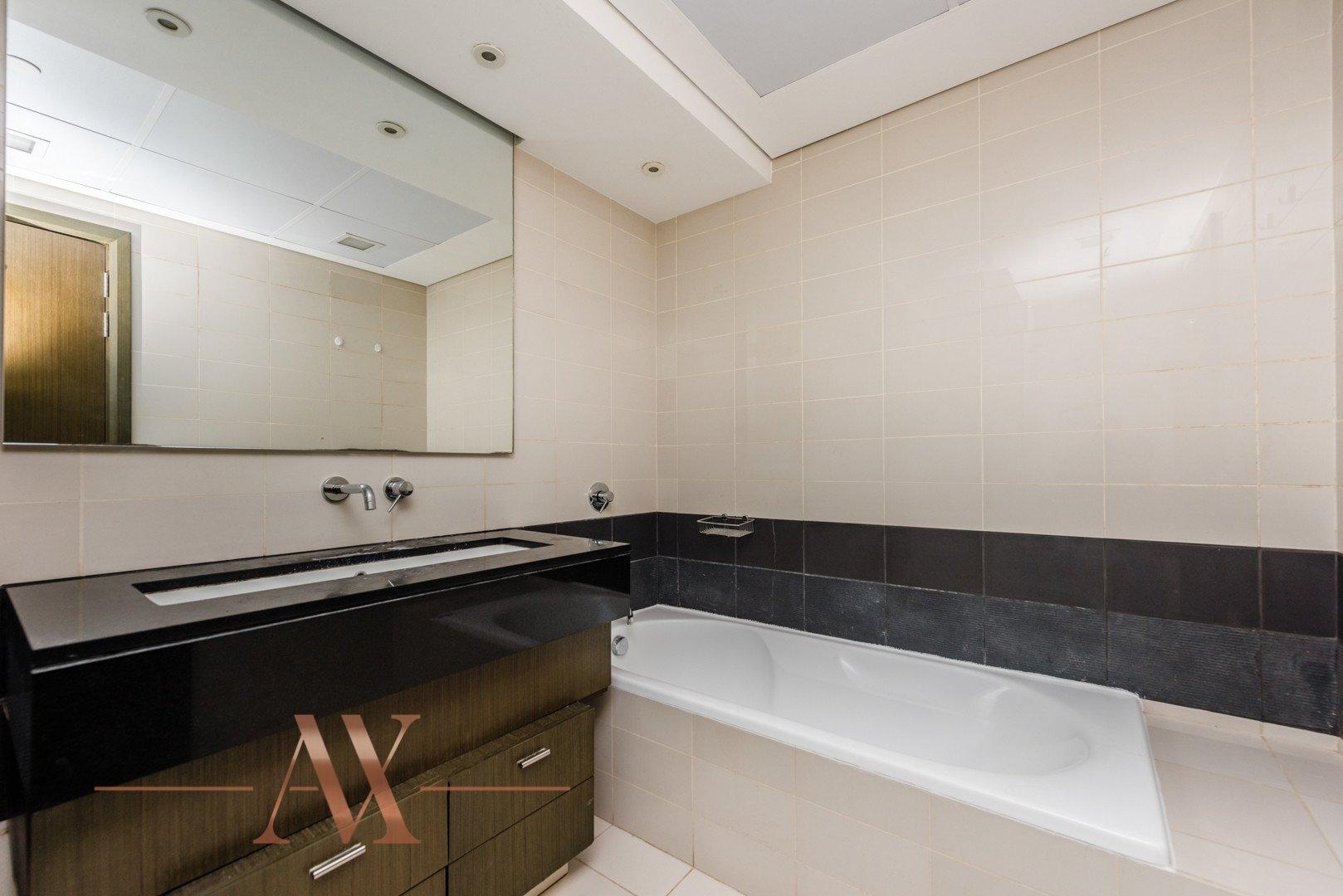 Apartment for sale in Dubai, UAE, 2 bedrooms, 120.5 m2, No. 23798 – photo 2