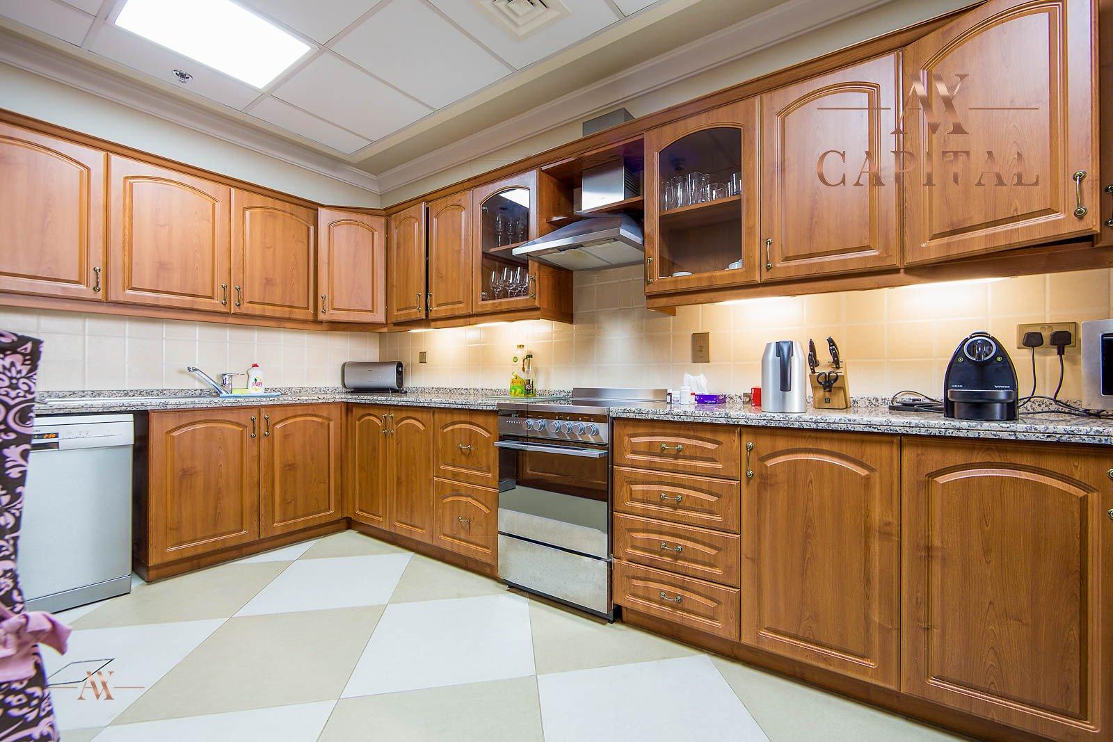 Apartment for sale in Dubai, UAE, 2 bedrooms, 164 m2, No. 23626 – photo 6