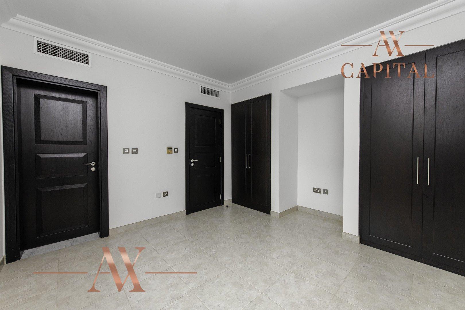 Villa for sale in Dubai, UAE, 4 bedrooms, 362 m2, No. 23679 – photo 12