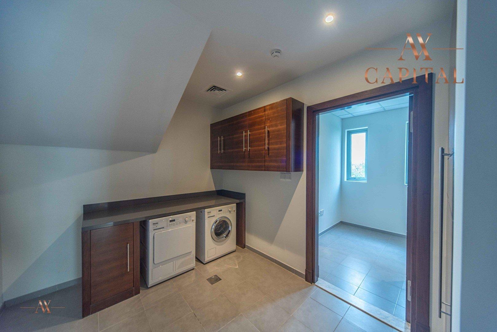 Villa for sale in Dubai, UAE, 4 bedrooms, 771.1 m2, No. 23570 – photo 6