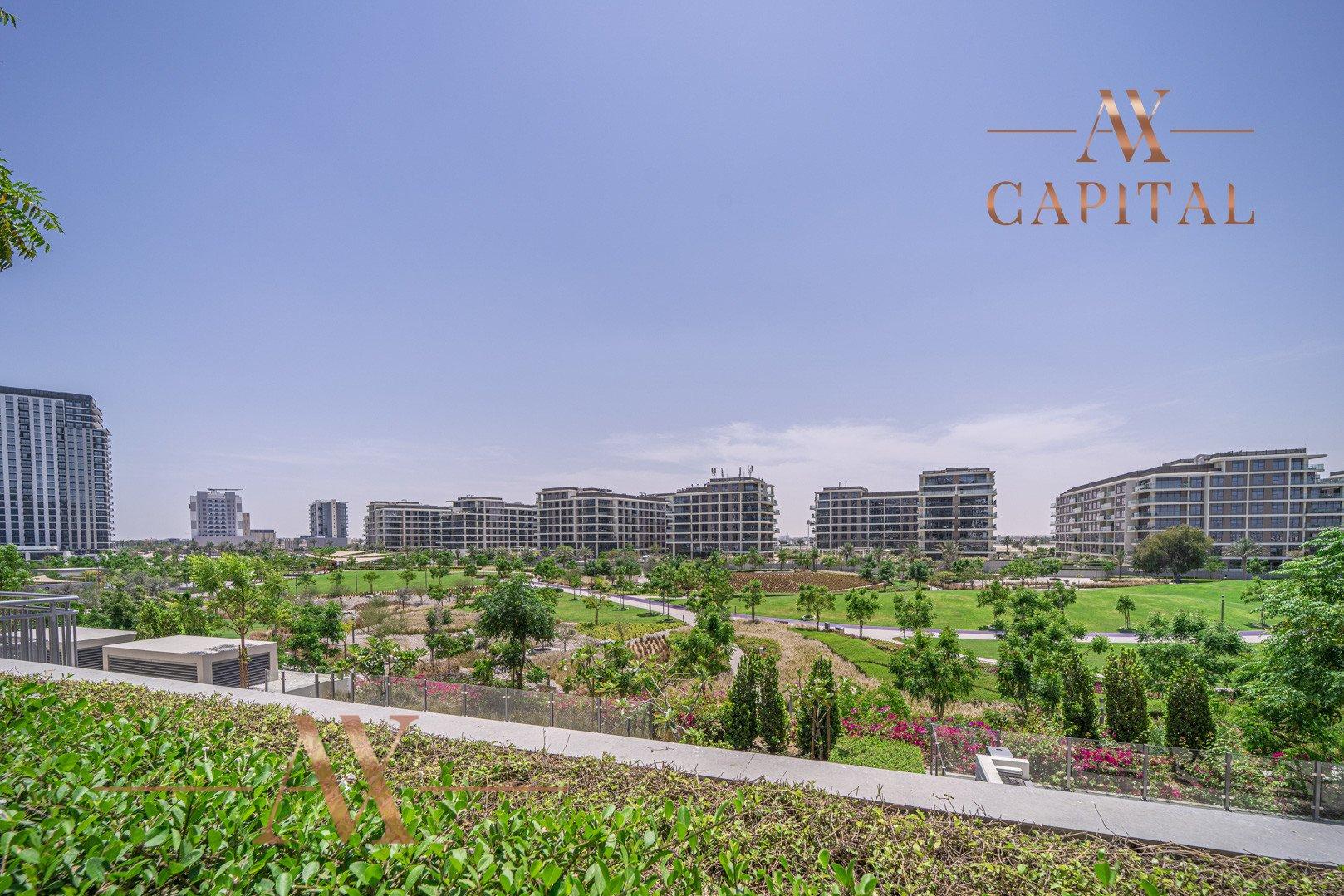 Apartment for sale in Dubai, UAE, 3 bedrooms, 236.9 m2, No. 23677 – photo 2