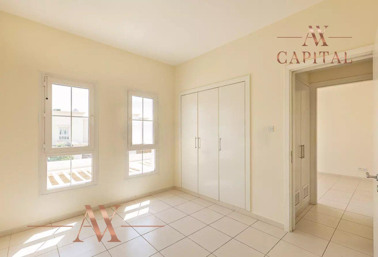 Villa for sale in Dubai, UAE, 3 bedrooms, 209.8 m2, No. 23753 – photo 16