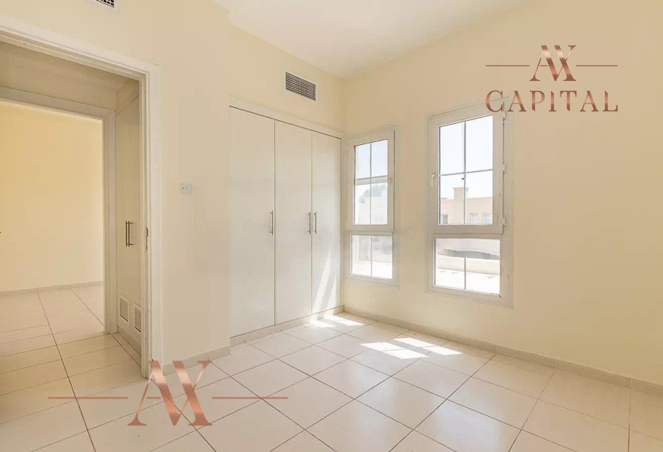 Villa for sale in Dubai, UAE, 3 bedrooms, 209.8 m2, No. 23753 – photo 12
