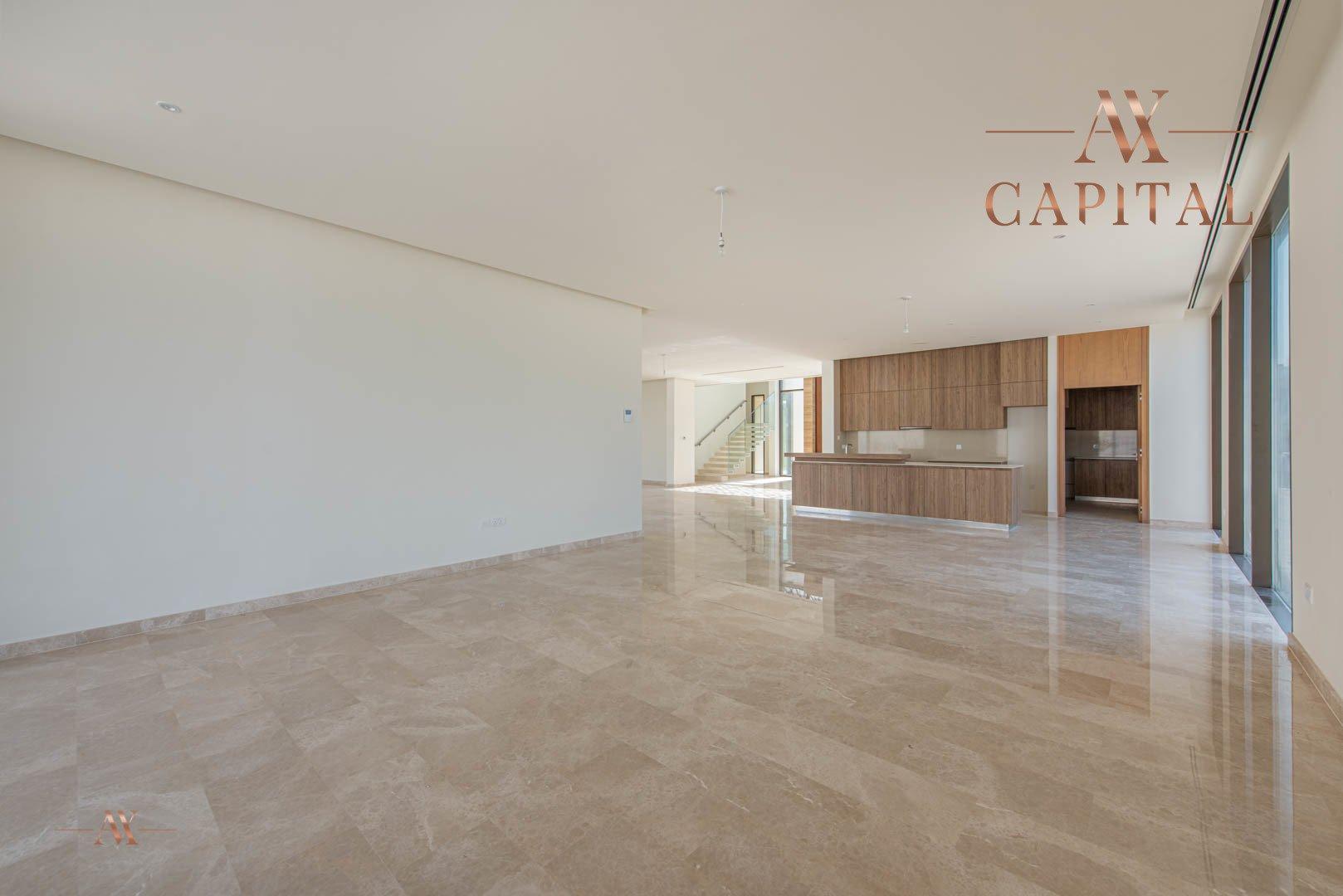 Villa for sale in Dubai, UAE, 6 bedrooms, 761.8 m2, No. 23651 – photo 2
