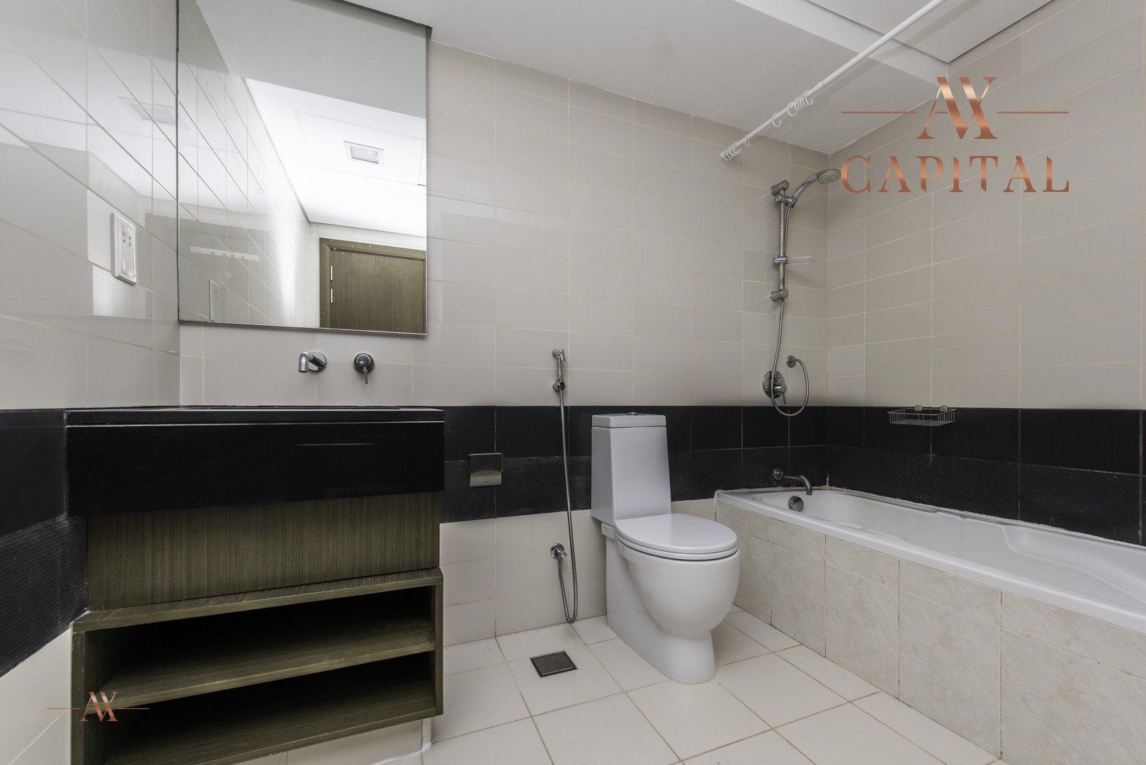 Apartment for sale in Dubai, UAE, 1 bedroom, 72 m2, No. 23598 – photo 4
