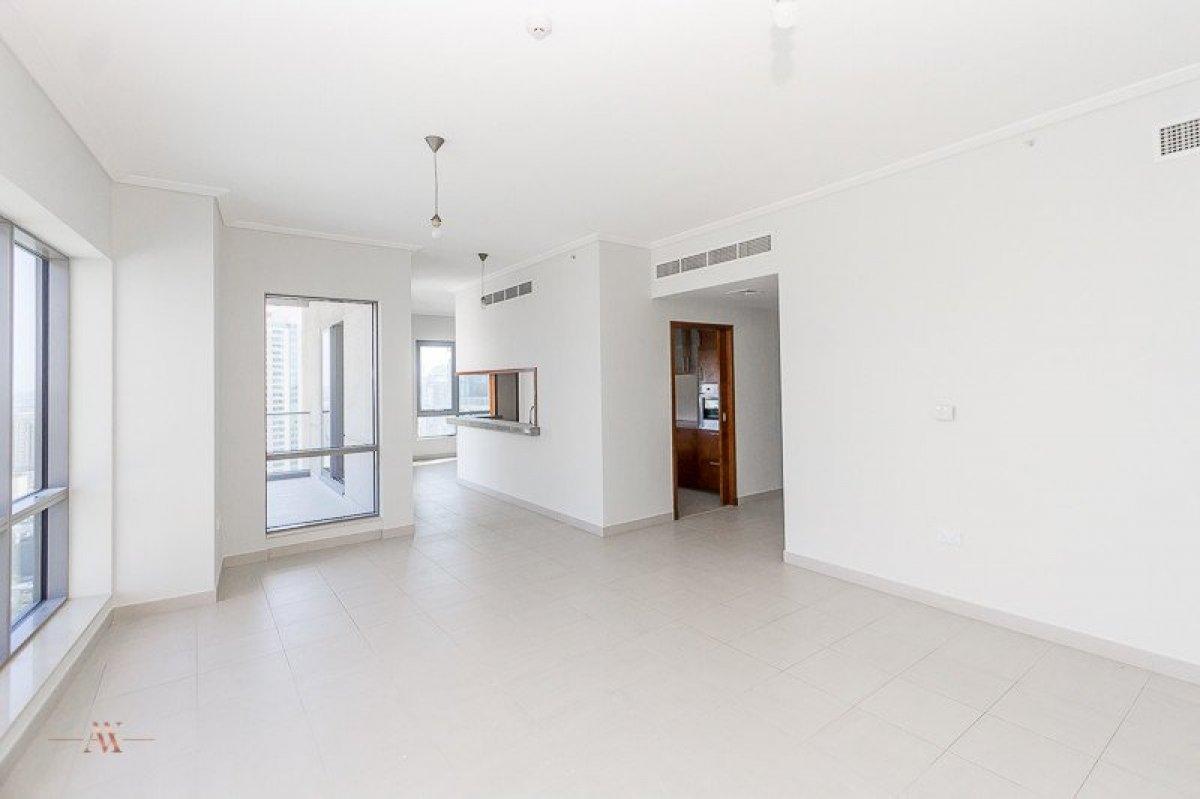 Apartment for sale in Dubai, UAE, 3 bedrooms, 195.3 m2, No. 23606 – photo 1