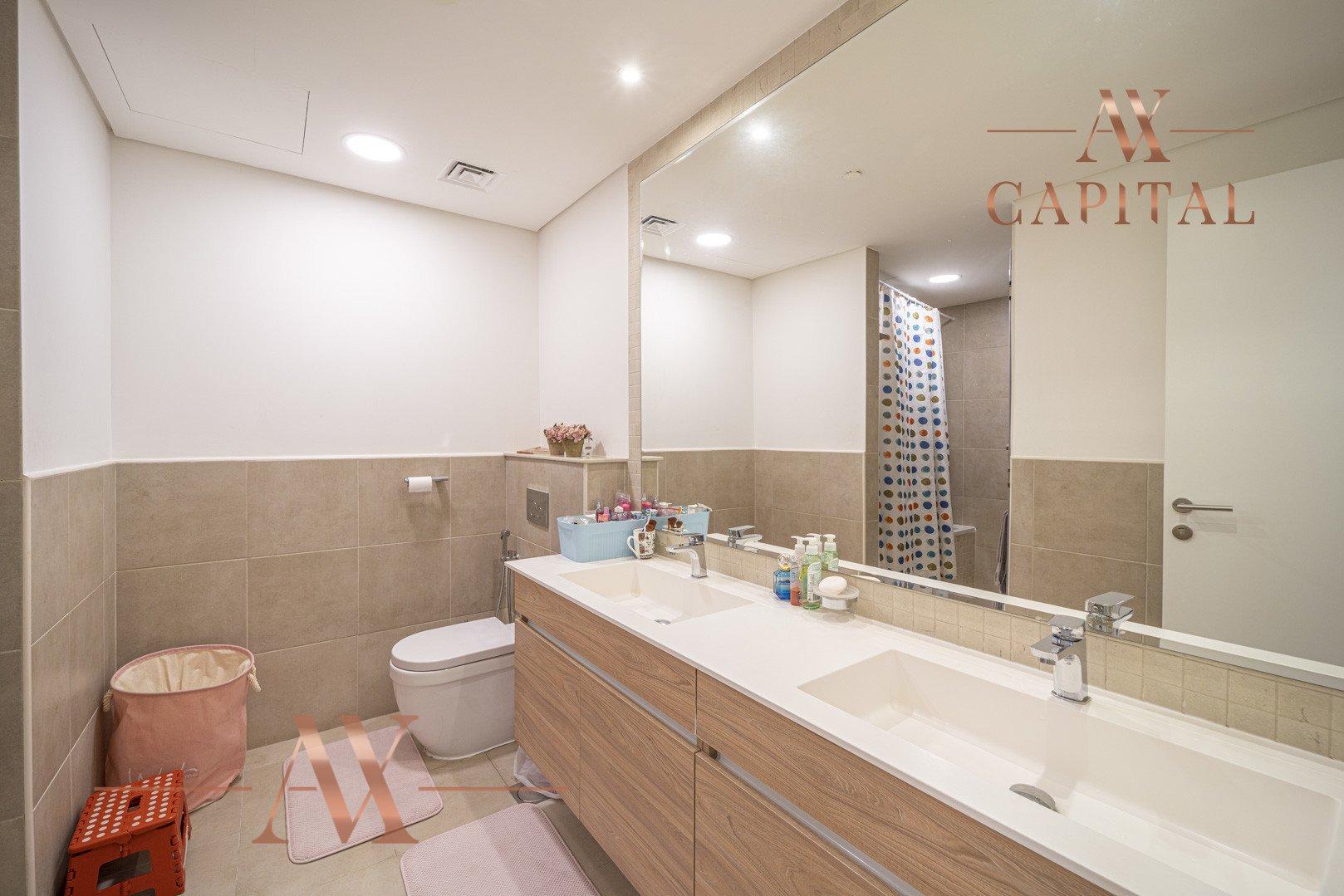 Apartment for sale in Dubai, UAE, 2 bedrooms, 127.4 m2, No. 23724 – photo 8