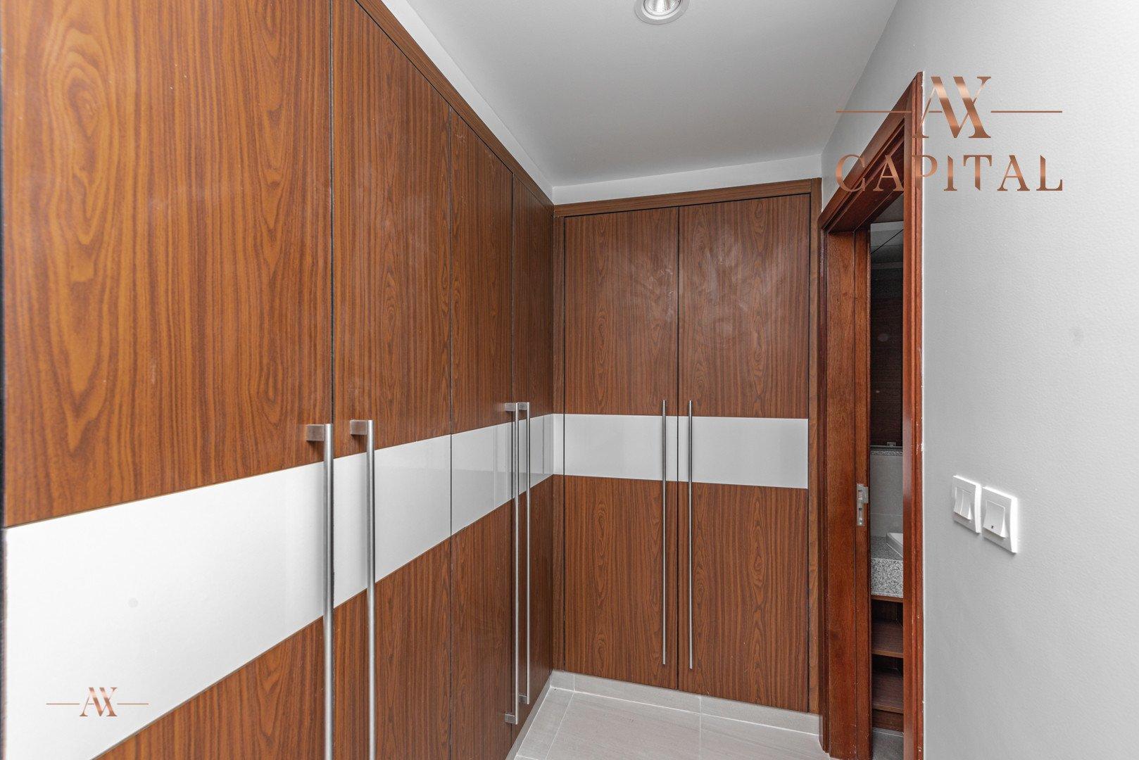 Apartment for sale in Dubai, UAE, 3 bedrooms, 200.2 m2, No. 23672 – photo 9