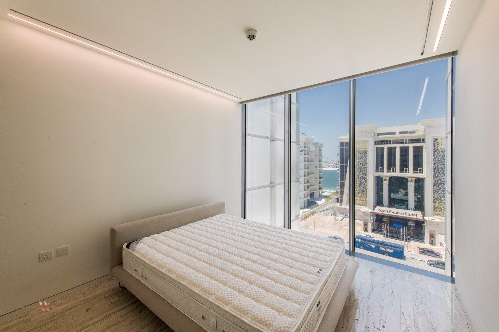 Apartment for sale in Dubai, UAE, 2 bedrooms, 161.6 m2, No. 23664 – photo 9