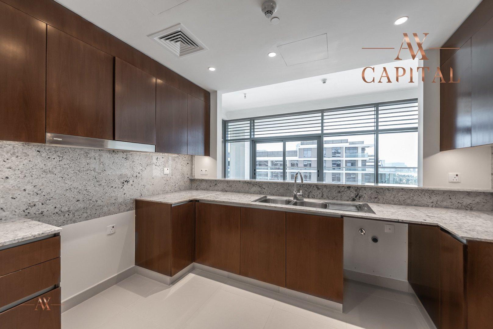 Apartment for sale in Dubai, UAE, 3 bedrooms, 265.2 m2, No. 23652 – photo 6