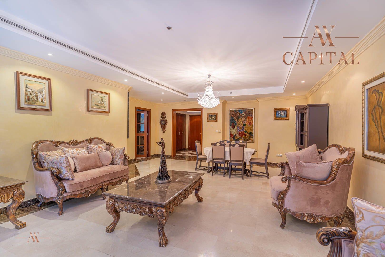 Apartment for sale in Dubai, UAE, 3 bedrooms, 330.1 m2, No. 23627 – photo 1