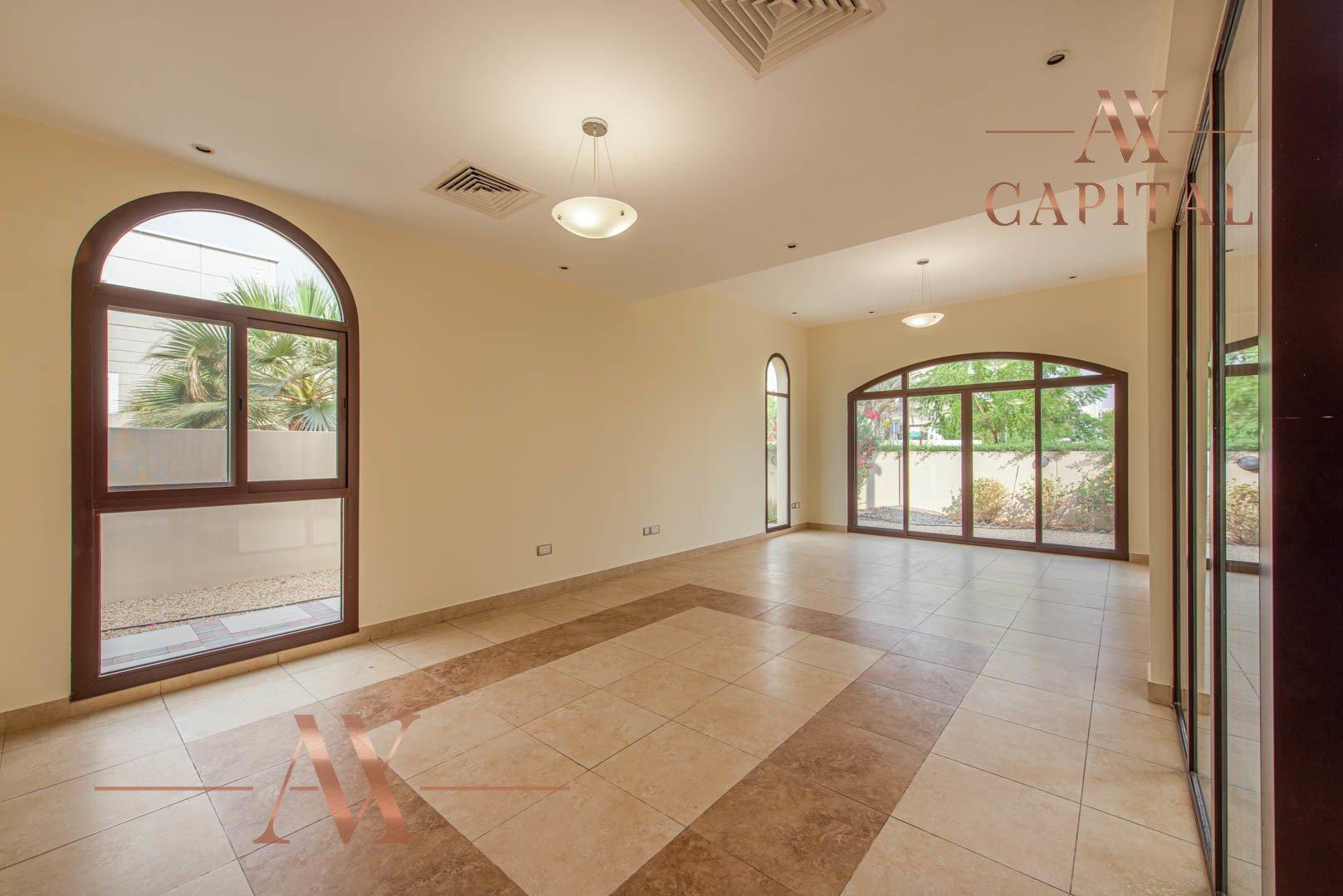 Villa for sale in Dubai, UAE, 4 bedrooms, 373.7 m2, No. 23687 – photo 14