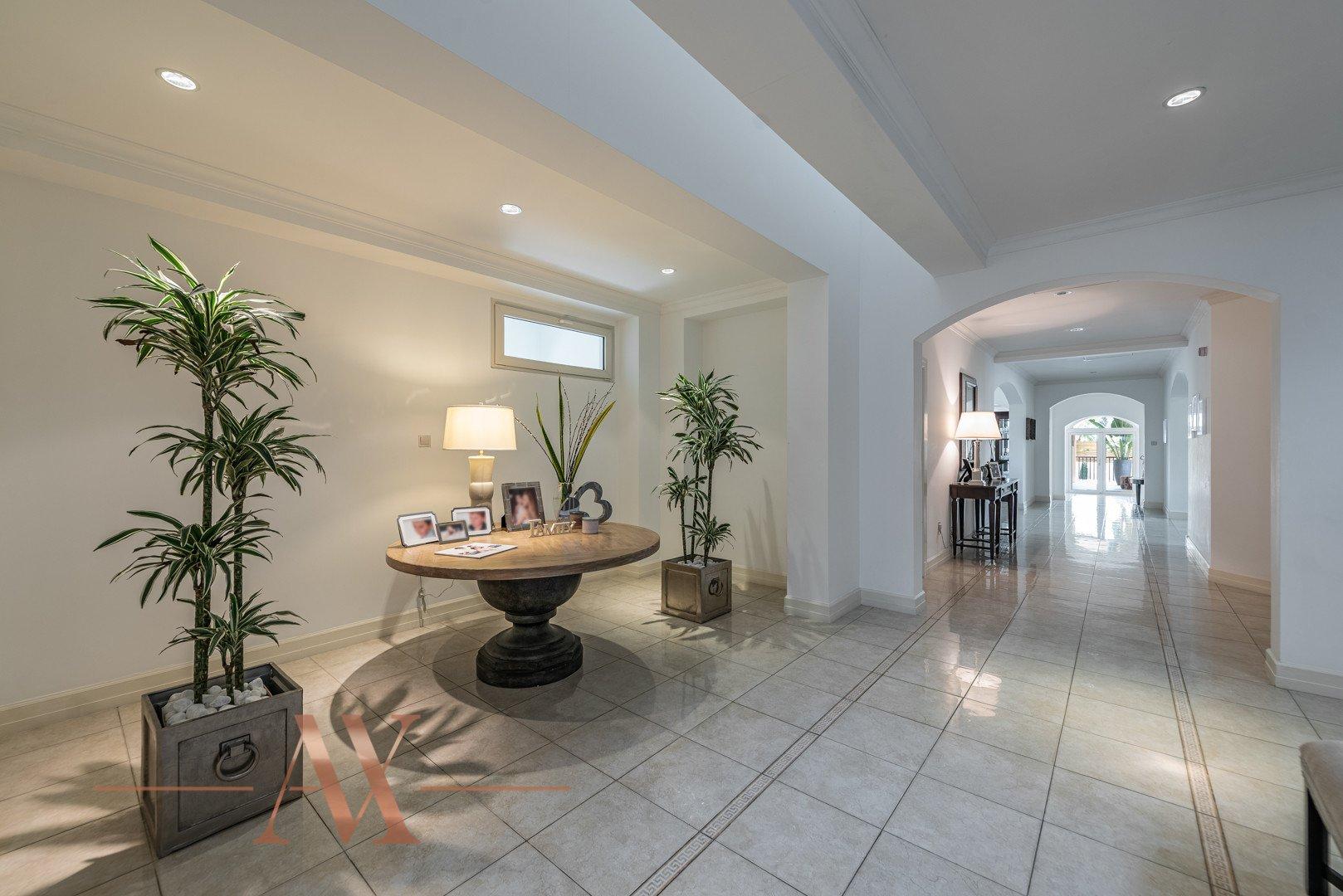 Villa for sale in Dubai, UAE, 6 bedrooms, 1049.3 m2, No. 23715 – photo 9