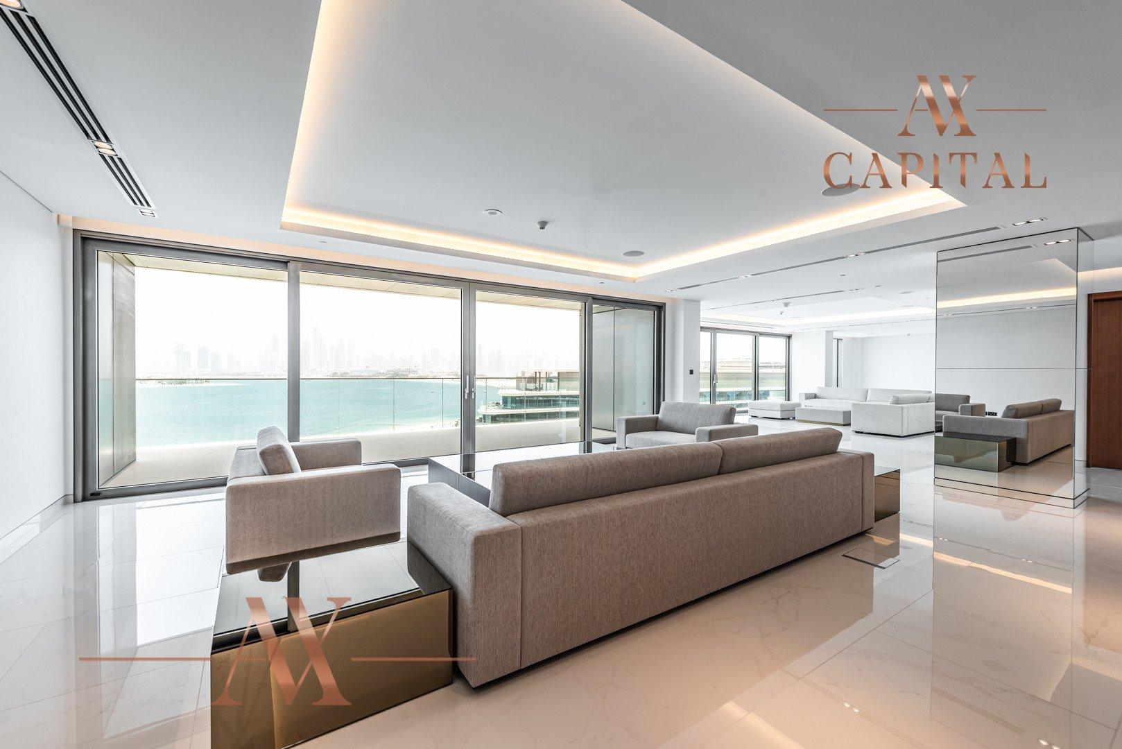 Penthouse for sale in Dubai, UAE, 3 bedrooms, 555.6 m2, No. 23768 – photo 1
