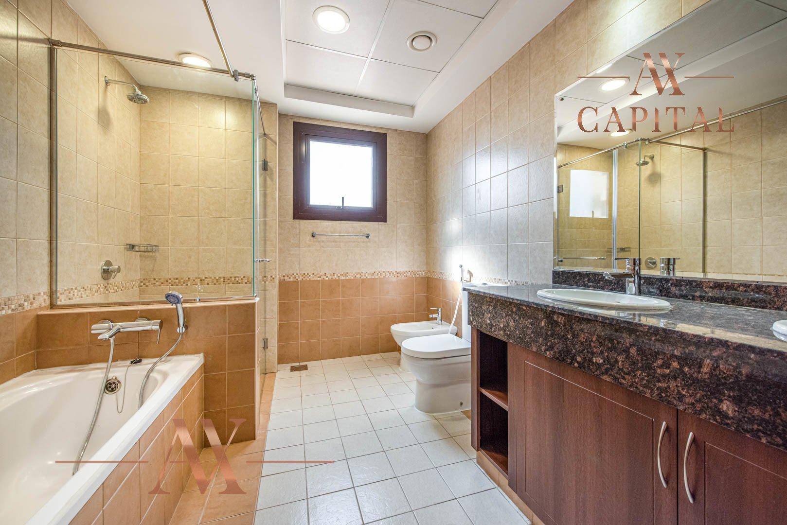 Villa for sale in Dubai, UAE, 4 bedrooms, 373.7 m2, No. 23687 – photo 11