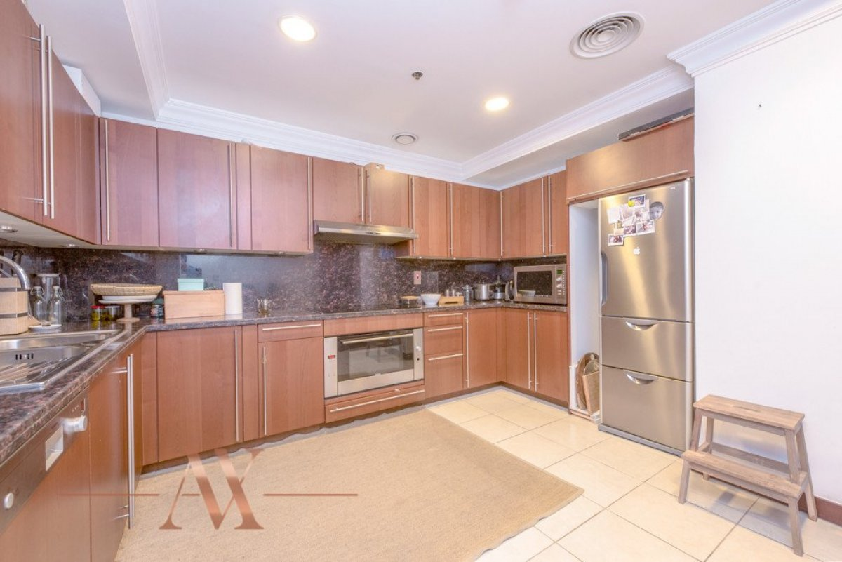Townhouse for sale in Dubai, UAE, 3 bedrooms, 483.1 m2, No. 23709 – photo 15