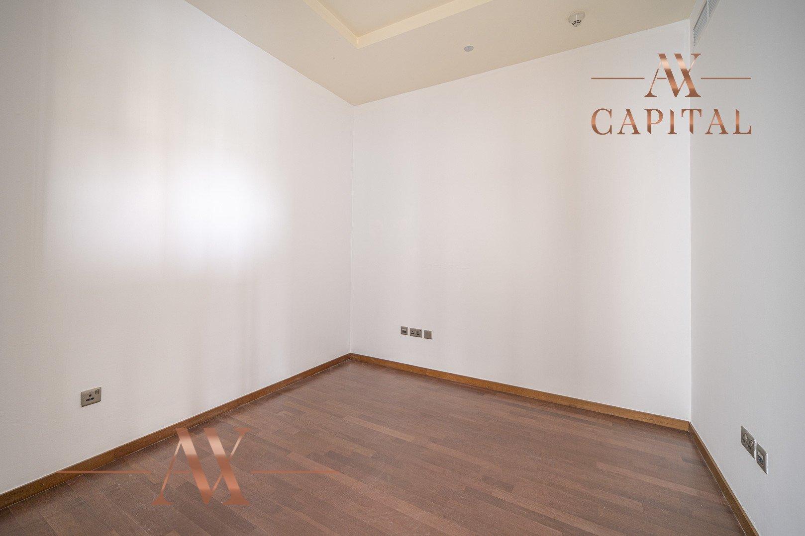 Apartment for sale in Dubai, UAE, 2 bedrooms, 155 m2, No. 23704 – photo 11