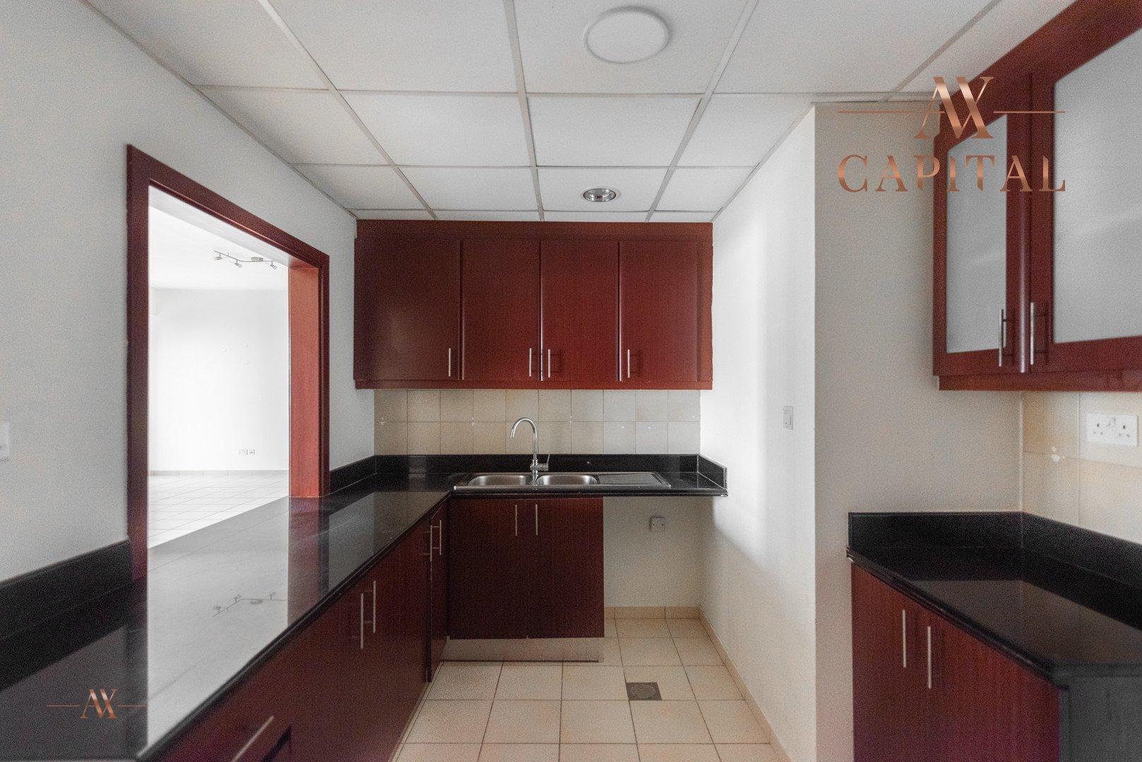 Apartment for sale in Dubai, UAE, 1 bedroom, 102.2 m2, No. 23510 – photo 4