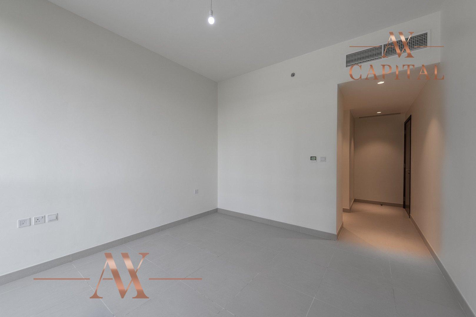 Apartment for sale in Dubai, UAE, 3 bedrooms, 236.9 m2, No. 23677 – photo 9