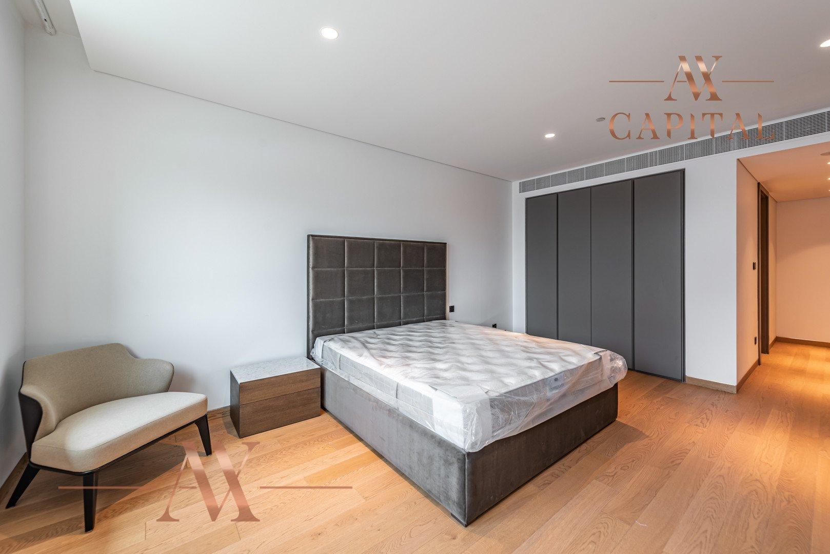 Penthouse for sale in Dubai, UAE, 3 bedrooms, 555.6 m2, No. 23768 – photo 9