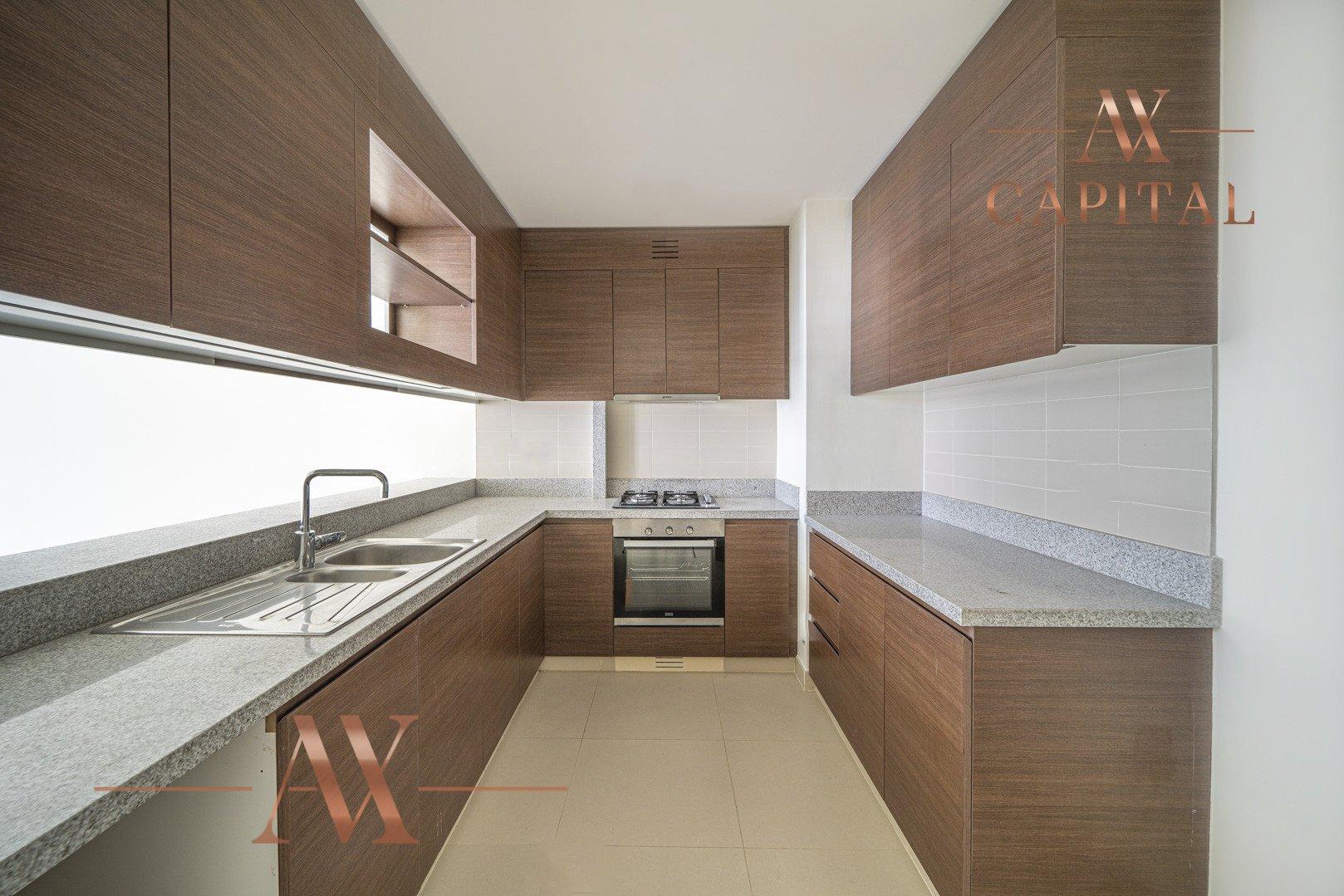 Apartment for sale in Dubai, UAE, 2 bedrooms, 122 m2, No. 23675 – photo 12
