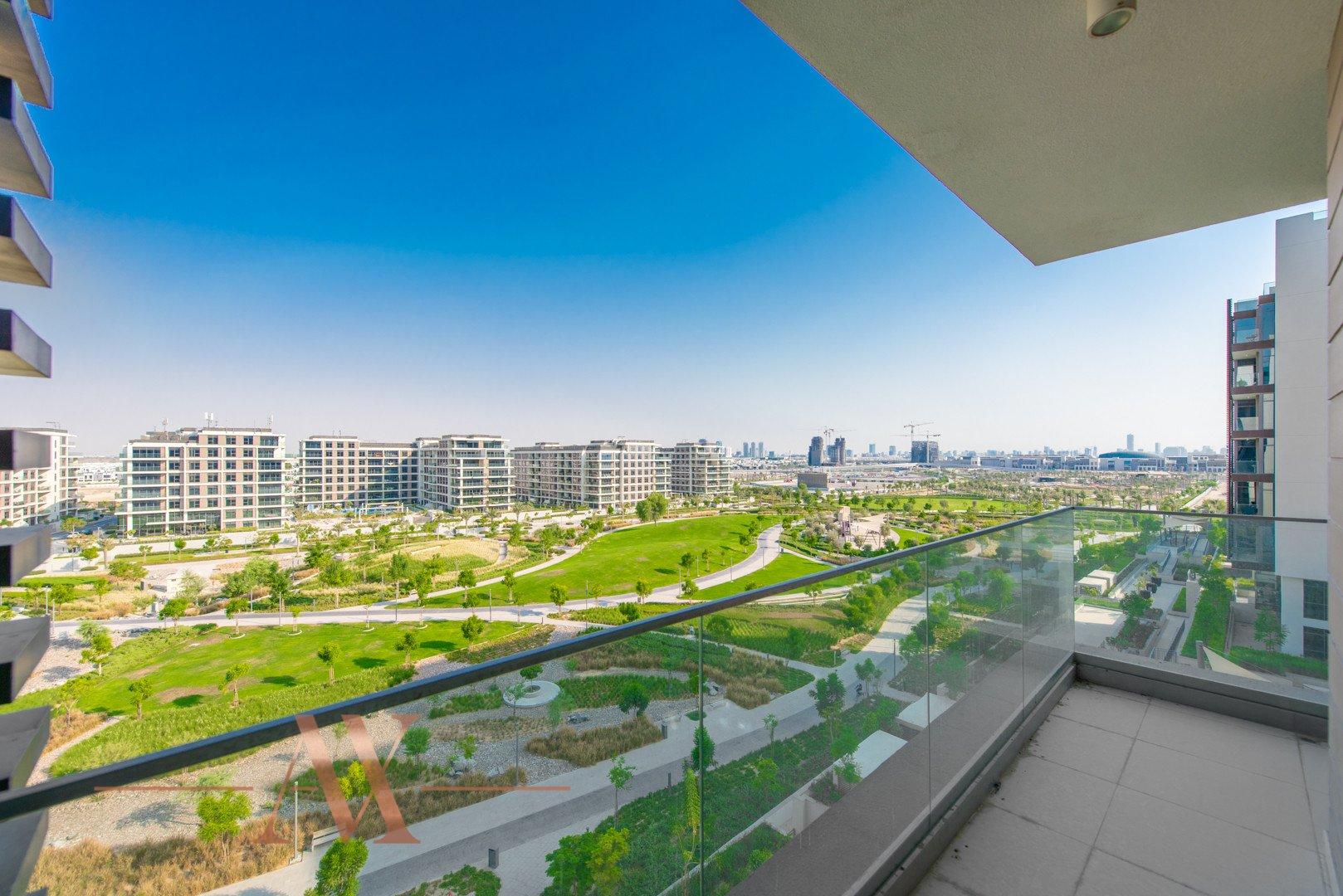 Apartment for sale in Dubai, UAE, 3 bedrooms, 236.9 m2, No. 23695 – photo 8