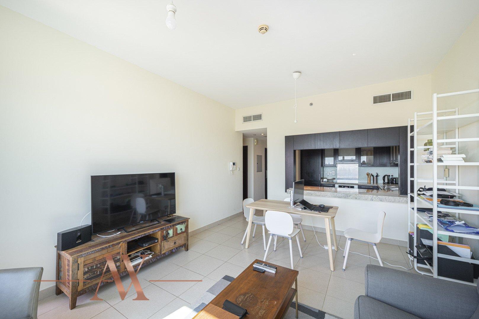 Apartment for sale in Dubai, UAE, 1 bedroom, 69.3 m2, No. 23803 – photo 1