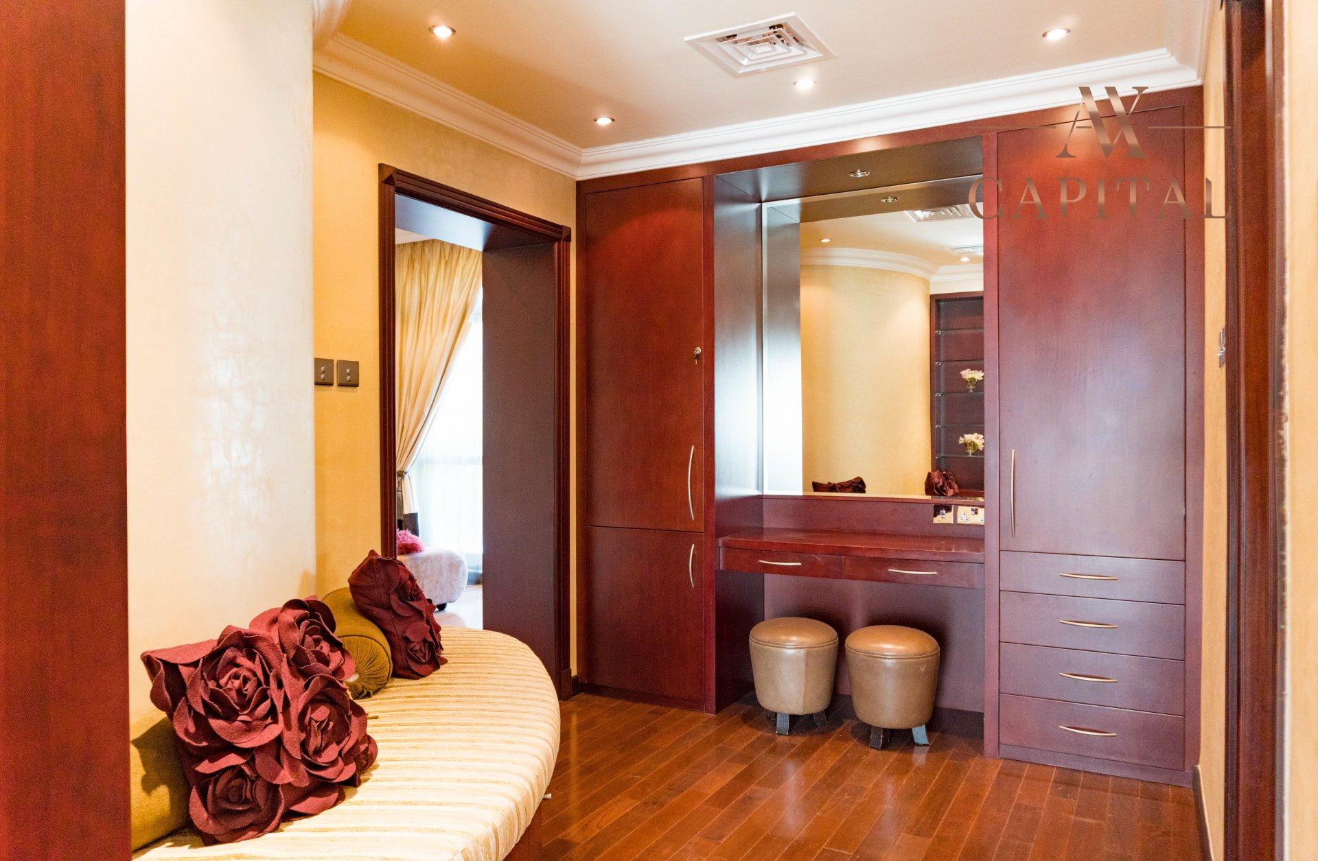 Villa for sale in Dubai, UAE, 4 bedrooms, 1001.7 m2, No. 23559 – photo 7
