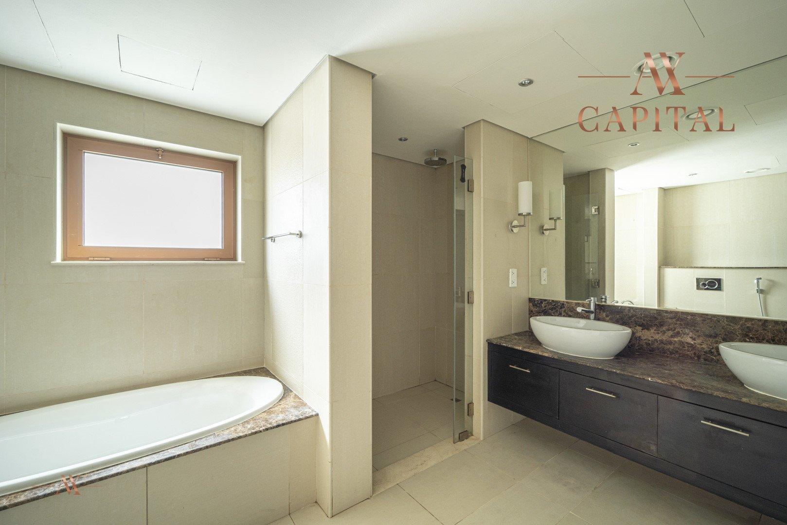 Villa for sale in Dubai, UAE, 5 bedrooms, 611.9 m2, No. 23654 – photo 14