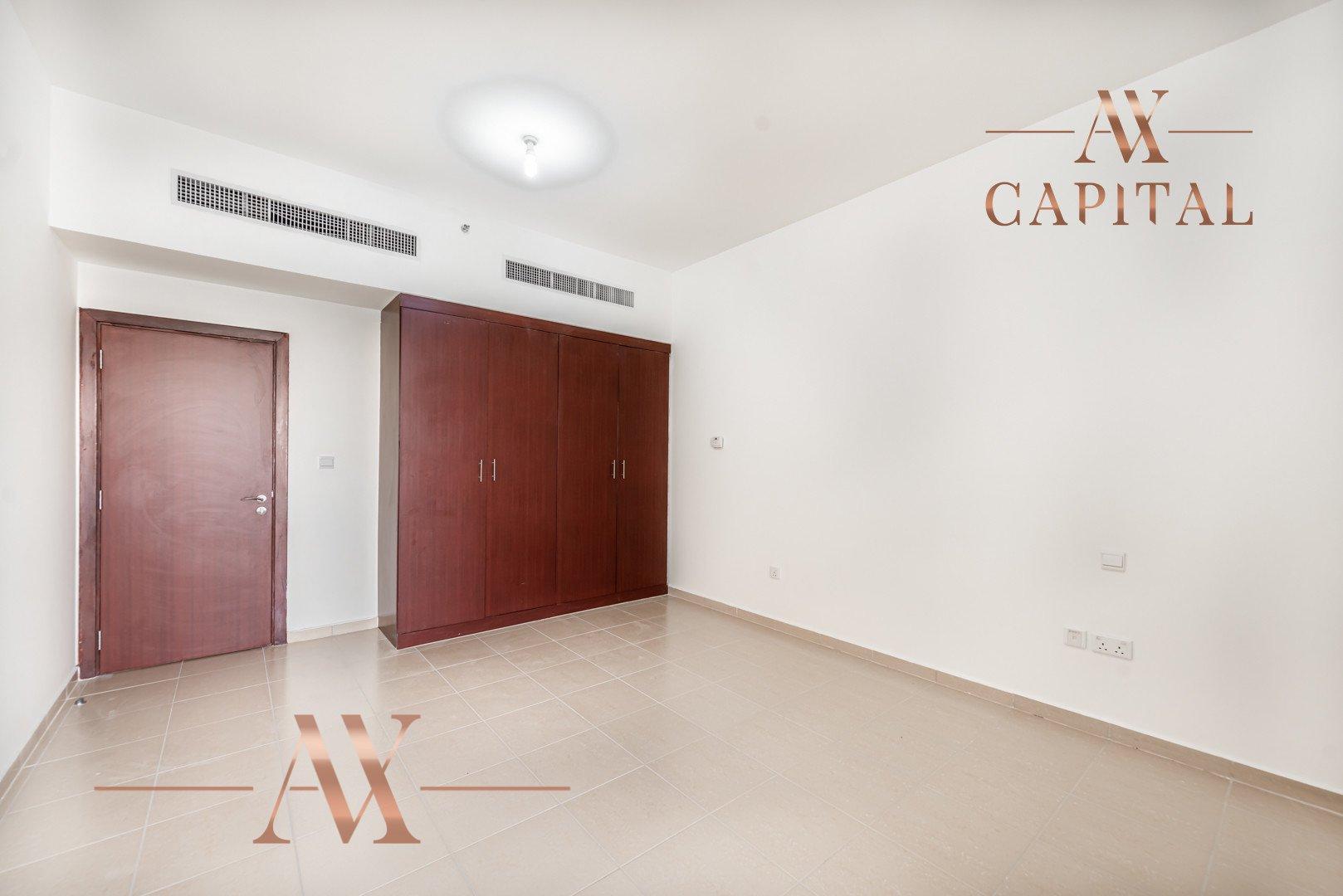Apartment for sale in Dubai, UAE, 3 bedrooms, 198.8 m2, No. 23766 – photo 10