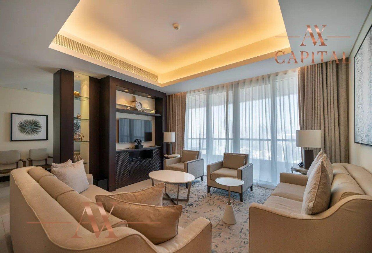 Apartment for sale in Dubai, UAE, 2 bedrooms, 171.7 m2, No. 23799 – photo 1