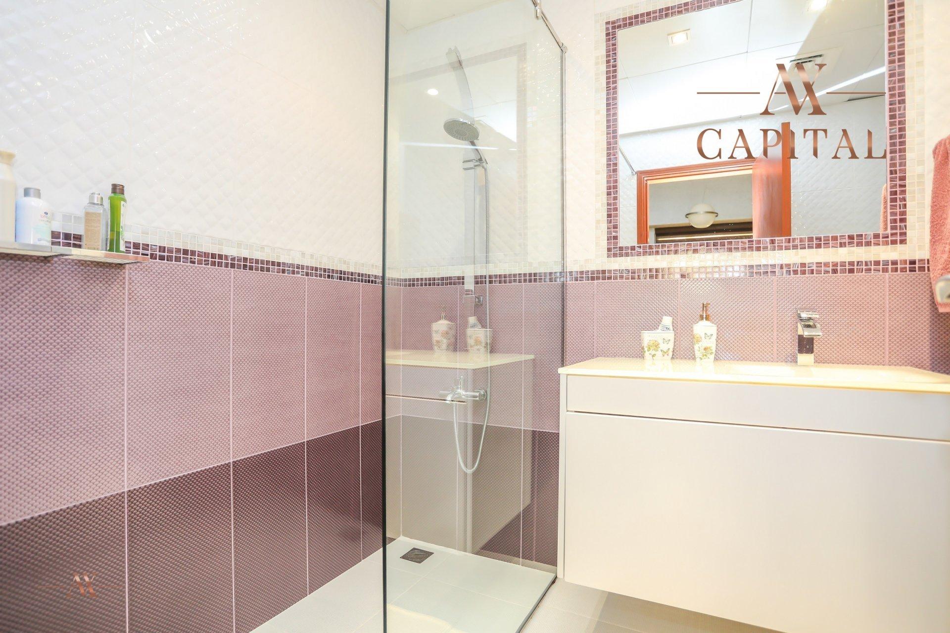 Apartment for sale in Dubai, UAE, 4 bedrooms, 251.5 m2, No. 23495 – photo 6