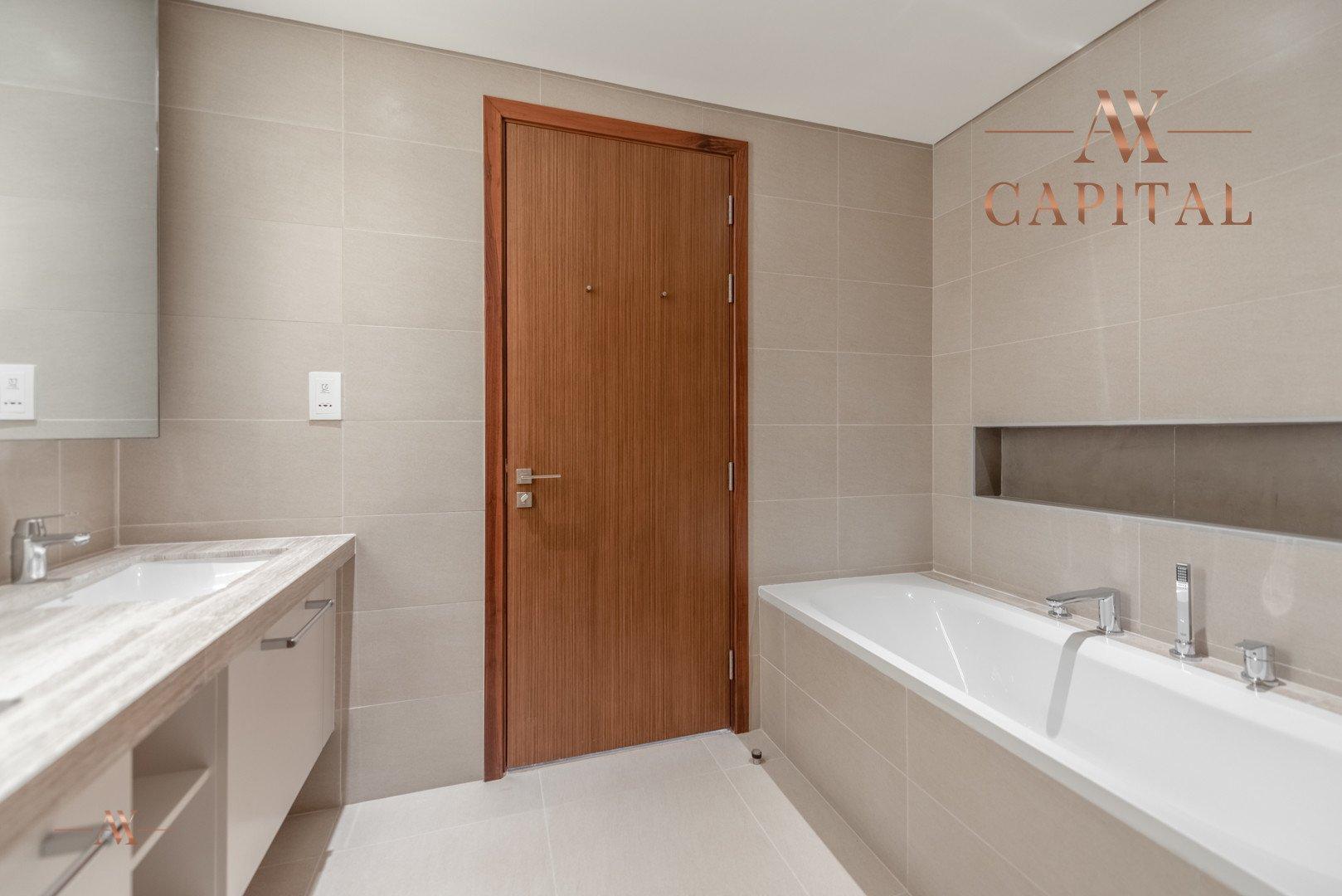 Apartment for sale in Dubai, UAE, 2 bedrooms, 161.5 m2, No. 23671 – photo 9