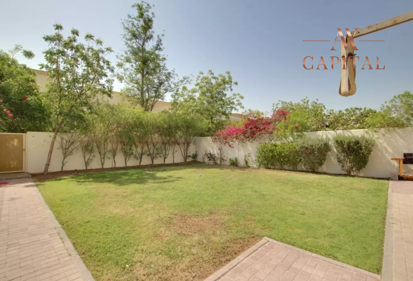 Villa for sale in Dubai, UAE, 2 bedrooms, 175.5 m2, No. 23752 – photo 10