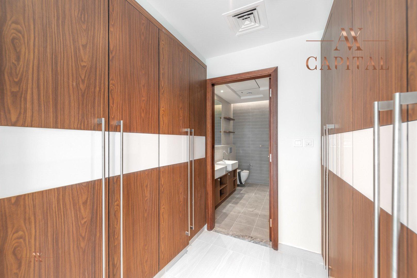 Apartment for sale in Dubai, UAE, 2 bedrooms, 145.9 m2, No. 23562 – photo 4