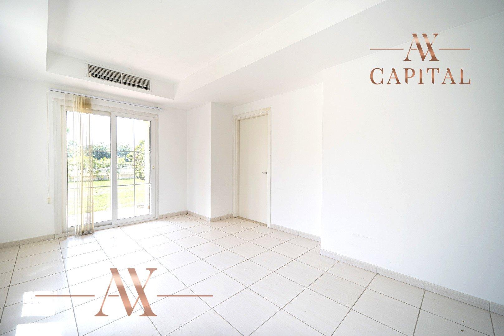 Villa for sale in Dubai, UAE, 2 bedrooms, 215.5 m2, No. 23771 – photo 14