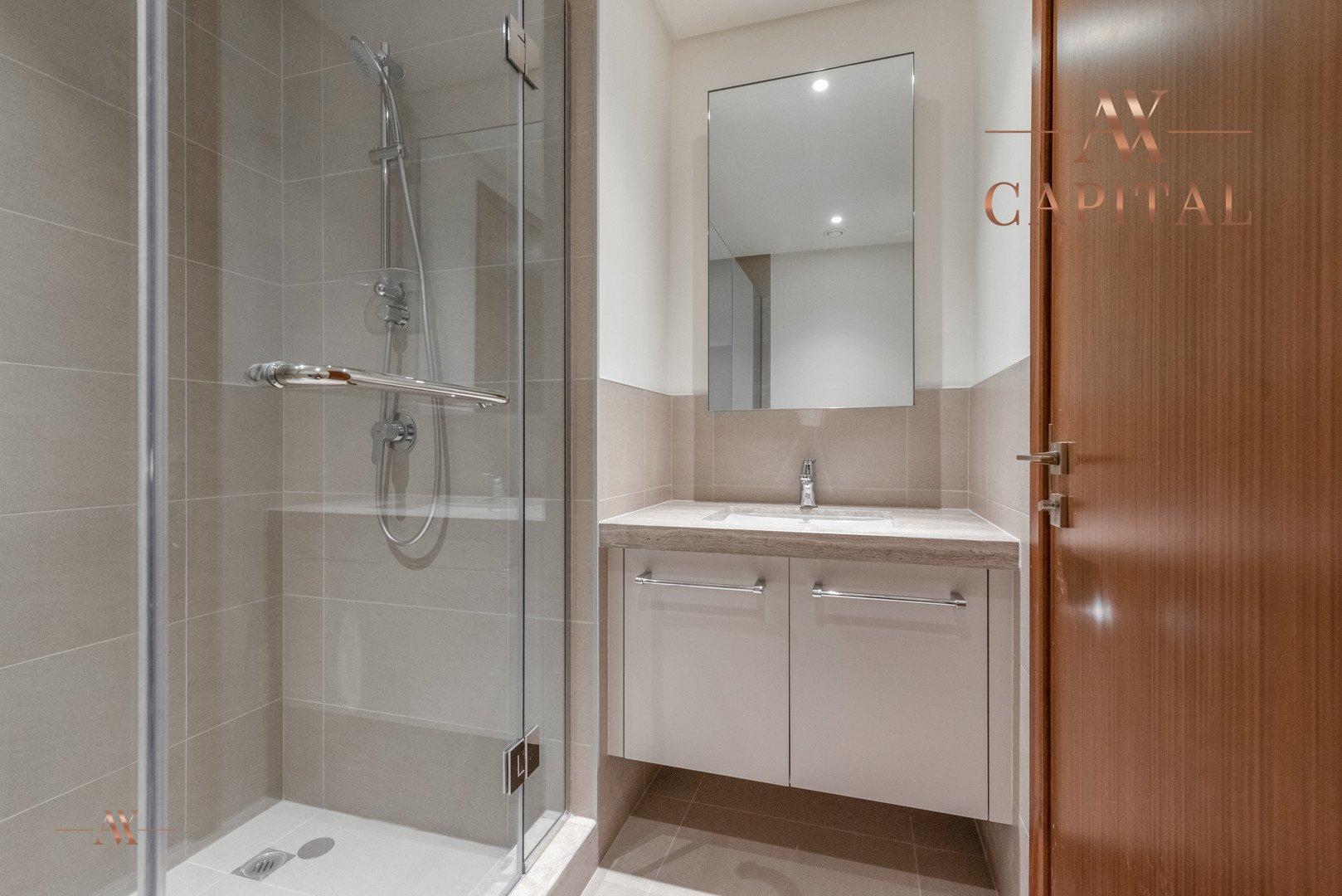 Apartment for sale in Dubai, UAE, 2 bedrooms, 161.5 m2, No. 23671 – photo 6